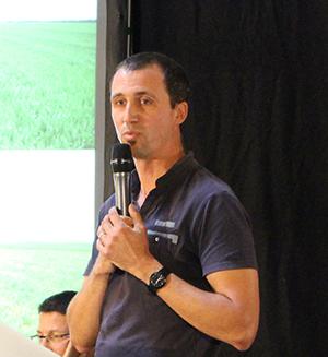 8. Pierre Mortreux